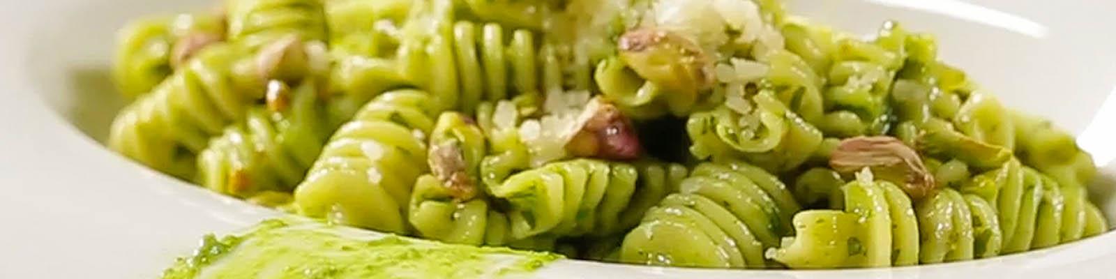Pasta Garofalo - Radiatori com pesto de rúcula e pistácio