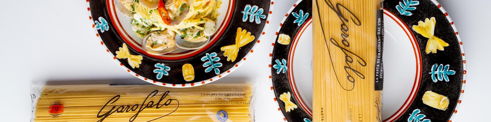 Viste tu mesa al estilo Amalfitano con los nuevos platos de Andrea Zarraluqui para Pasta Garofalo