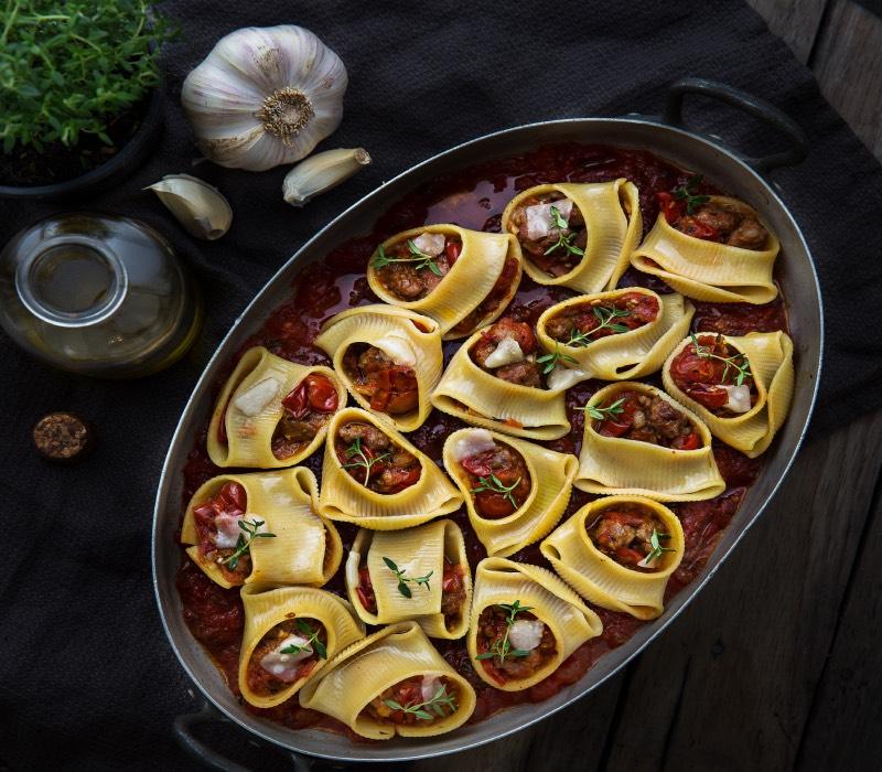 Pasta Garofalo - Lumaconi farcis au carnard et aux oignons