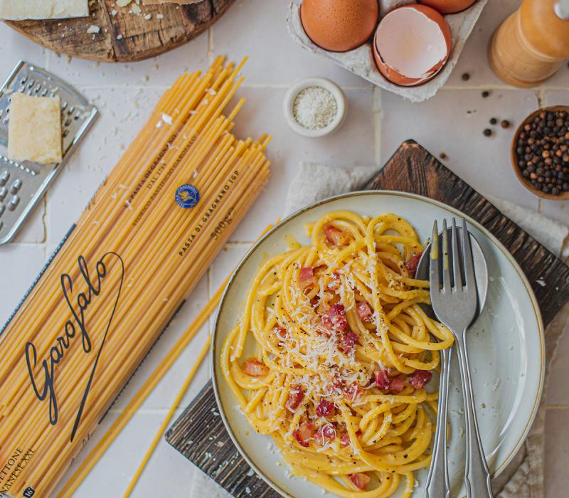 Pasta Garofalo - Spaghettone à la carbonara onctueuse et pancetta