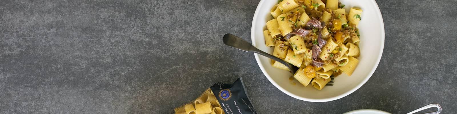 Pasta Garofalo - Mezze maniche with yellow tomatoes and anchovies